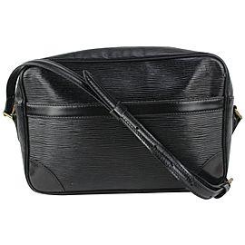 Louis Vuitton Black Epi Leather Trocadero Crossbody Bag 827lv99