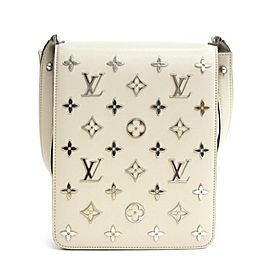 Louis Vuitton Cabaret (Ultra Rare) Monogram Metal 228372 Taupe Coated Canvas Shoulder Bag