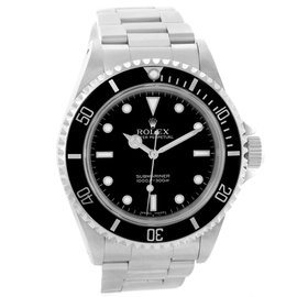 Rolex Submariner 14060 Stainless Steel 40mm Automatic Mens Watch