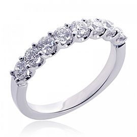18K White Gold & Round Brilliant 8 Stone Diamond Wedding Band